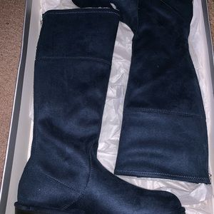 BRAND NEW NAVY BLUE TALL STUART WEITZMAN BOOTS